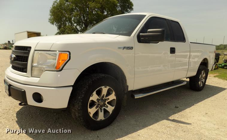 2013 Ford F150 STX SuperCab pickup truck
