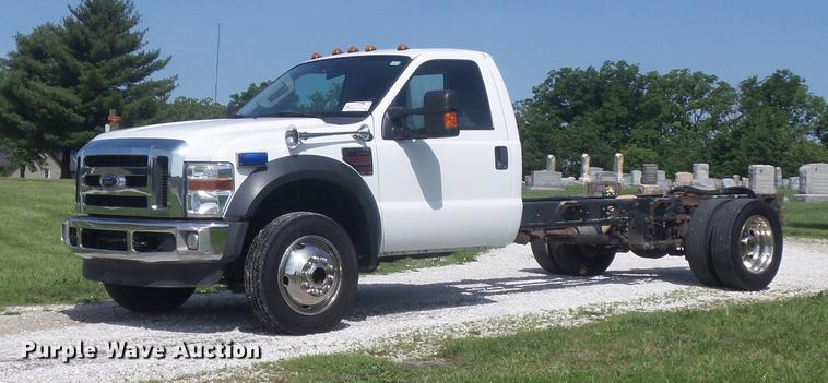 2009 Ford F450 Super Duty XLT truck cab and chassis