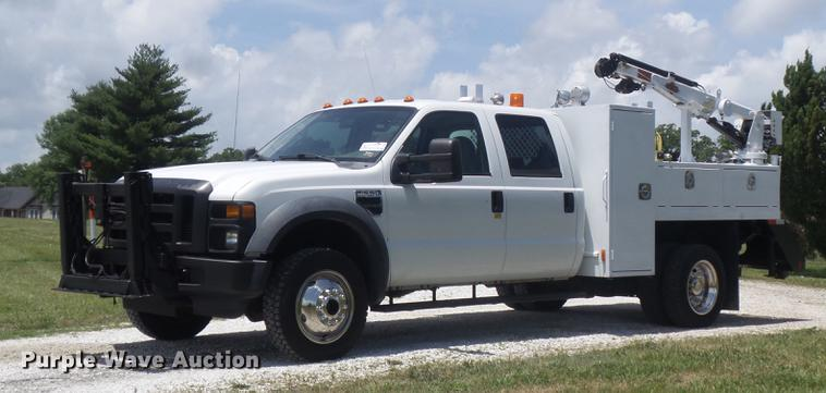 2008 Ford F550 Super Duty XL Crew Cab service truck with crane