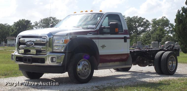 2011 Ford F450 Super Duty XLT truck cab and chassis
