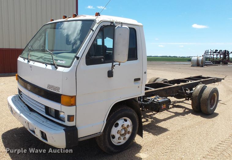 1994 Isuzu NPR truck cab and chassis