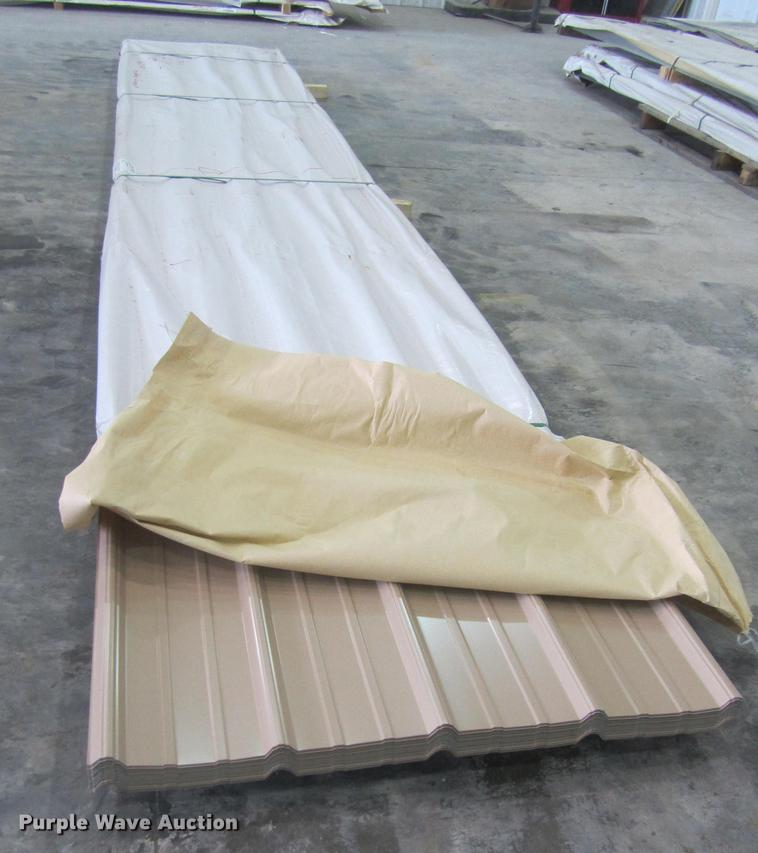 (60) sheets of metal siding/roofing