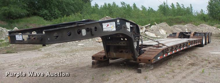 2001 Fontaine drop deck equipment trailer