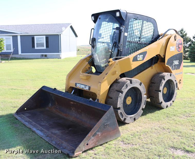 2010 Caterpillar 246C skid steer