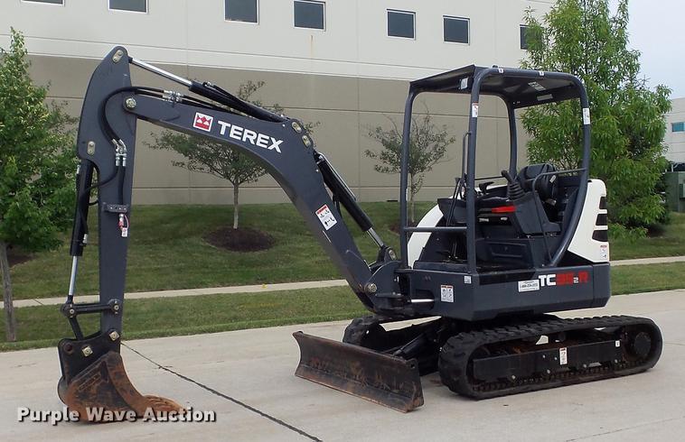 2016 Terex TC35-2R mini excavator