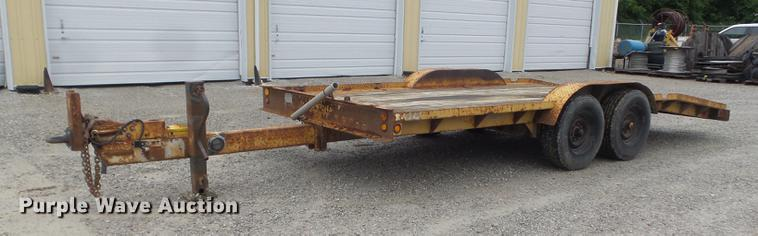 1984 Butler LT1418H tilt deck equipment trailer