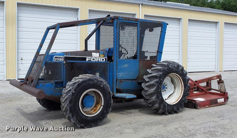 1994 Ford 7740 MFWD tractor