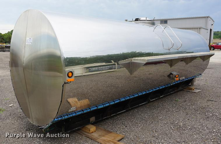 2001 Engle Fabrication stainless steel tank