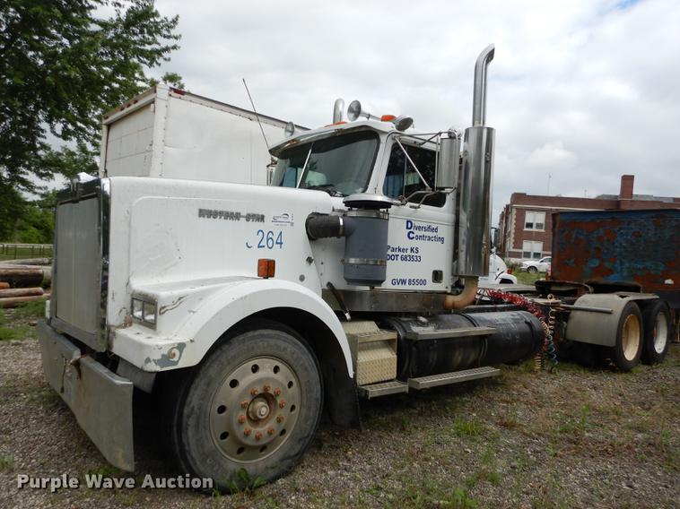 1989 Western Star 4964F semi truck