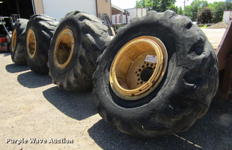 (4) 26.5-29 tires and wheels