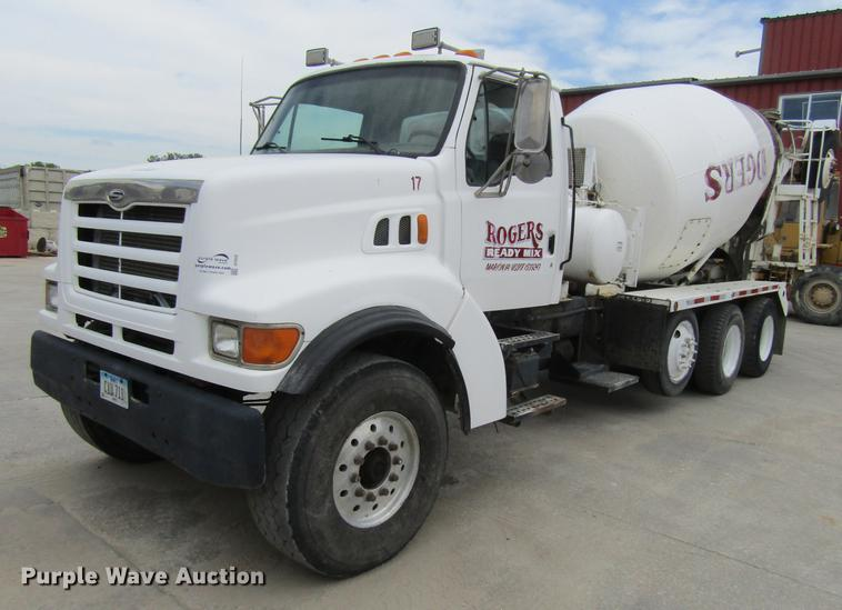 2000 Sterling LT9500 ready mix truck