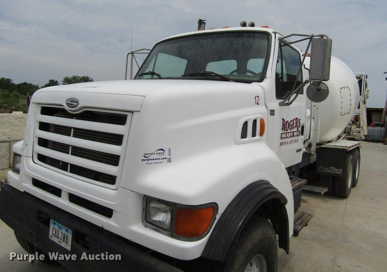 2000 Sterling L9500 ready mix truck