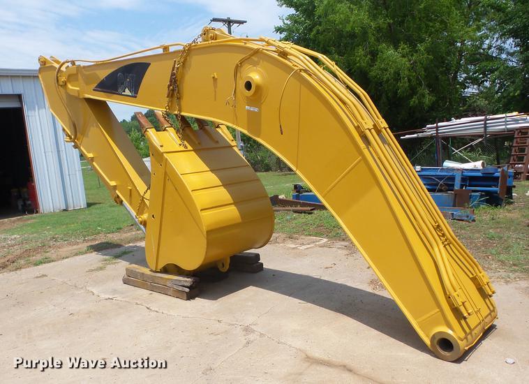 Caterpillar 322B excavator boom