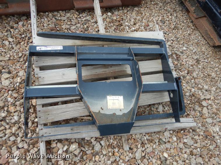 Bobcat 3650 utility vehicle pallet forks