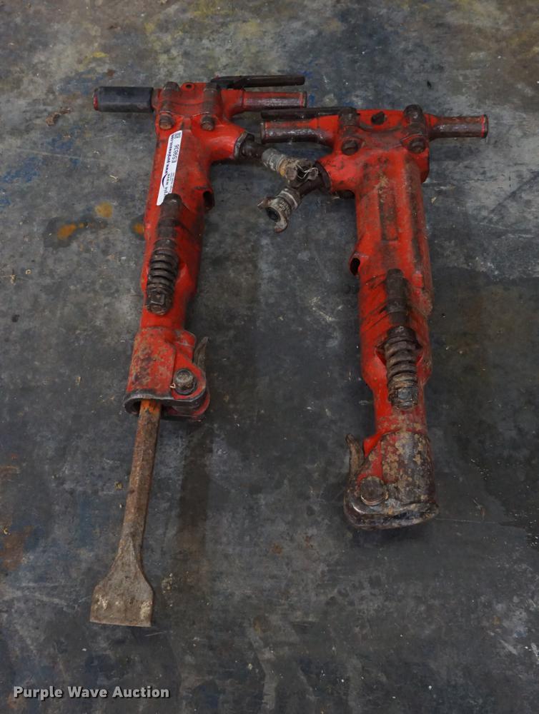 (2) pneumatic jack hammers