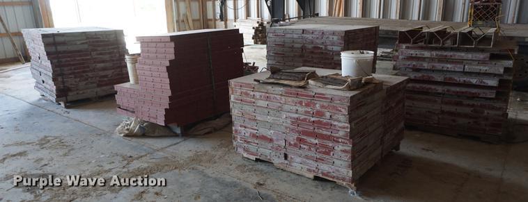 Simons concrete forms