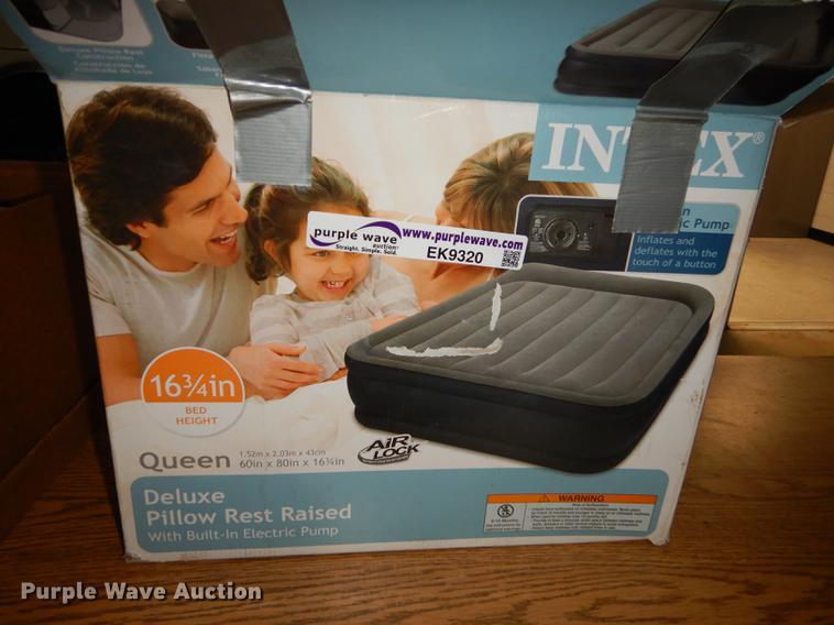 Intex Queen Deluxe pillow rest raised air mattress