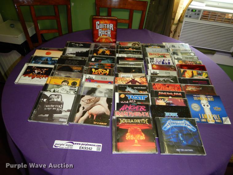 (62) rock CDs