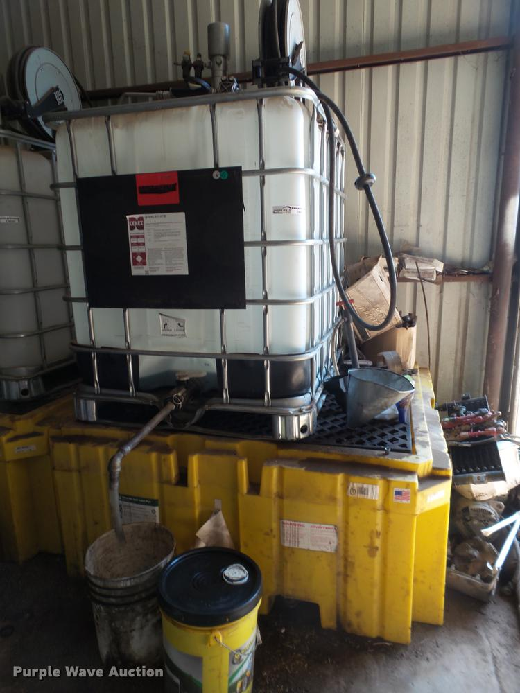 Shop oil service and containment system