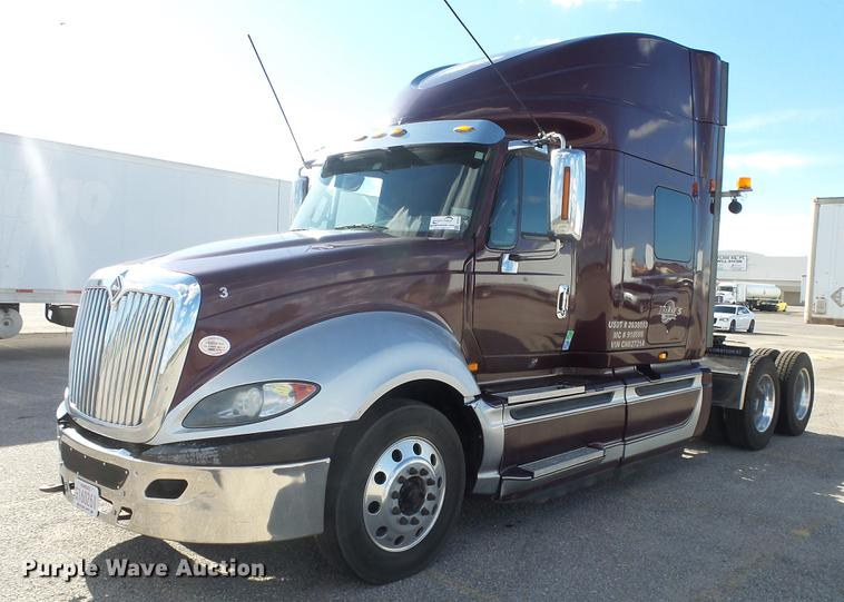 2012 International ProStar semi truck