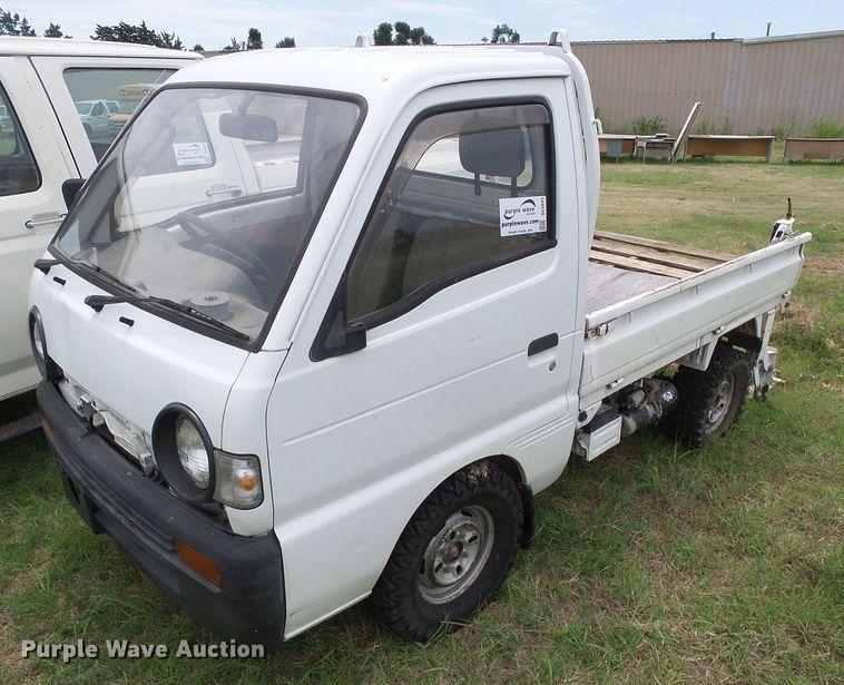 2001 Suzuki V-DD51B mini truck
