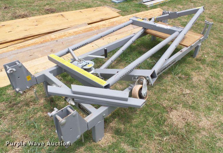 Genie SS-30 Super Straddler work platform