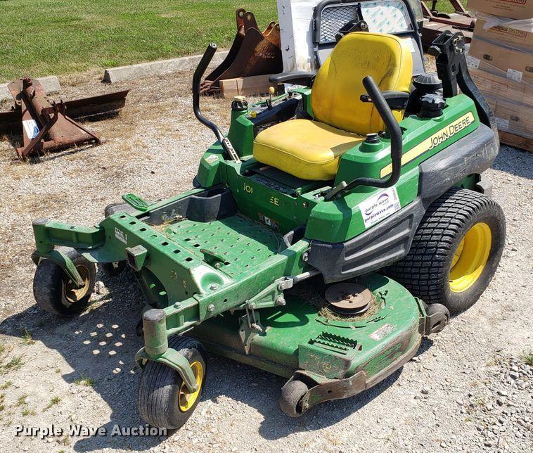 John Deere Z920A ZTR lawn mower