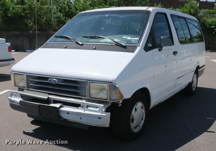 1995 Ford Aerostar XLT van