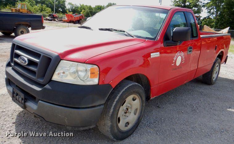 2005 Ford F150 pickup truck