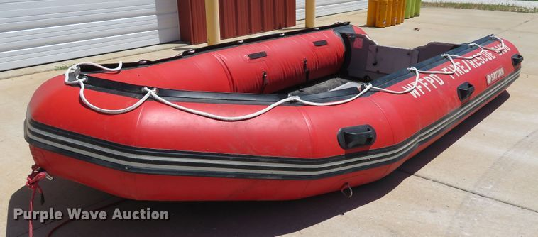 Saturn HD430 inflatable boat