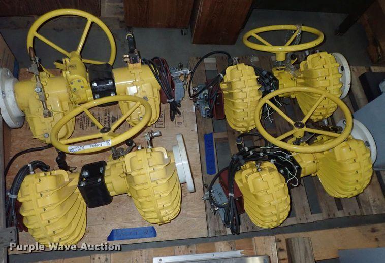 (4) valves