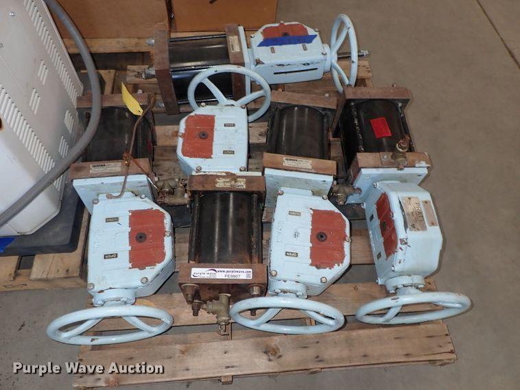 (5) Pratt Dura-Cyl valves