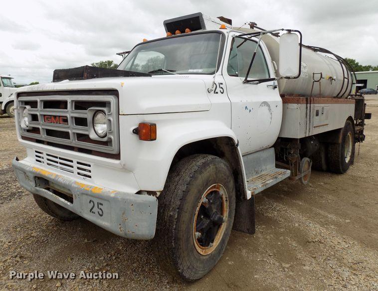 1982 GMC oil distribution truck