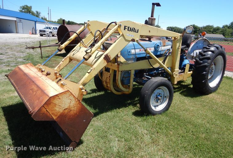 Ford B10230 tractor