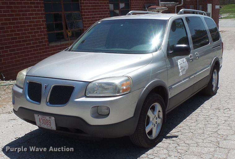 2006 Pontiac Montana van