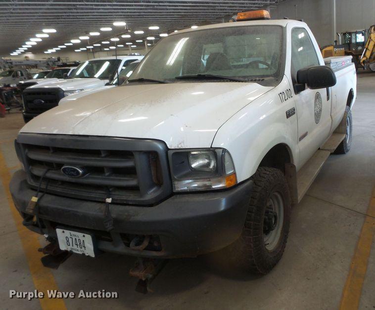 2003 Ford F250 Super Duty pickup truck