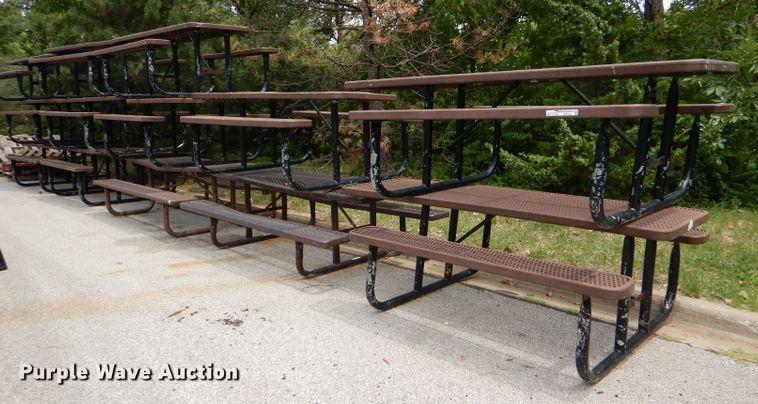(16) metal picnic tables