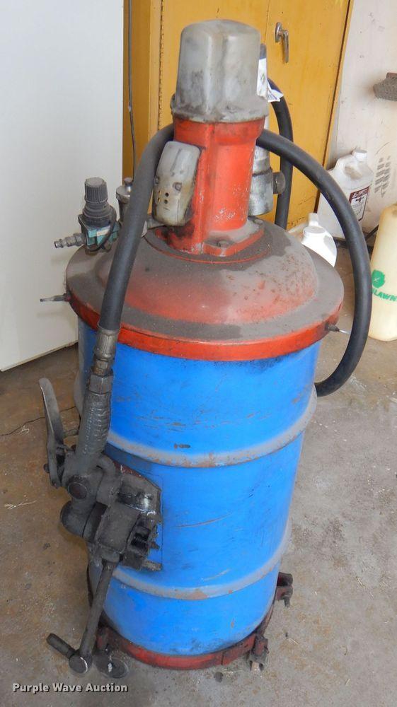 Rear end fluid pump and barrel