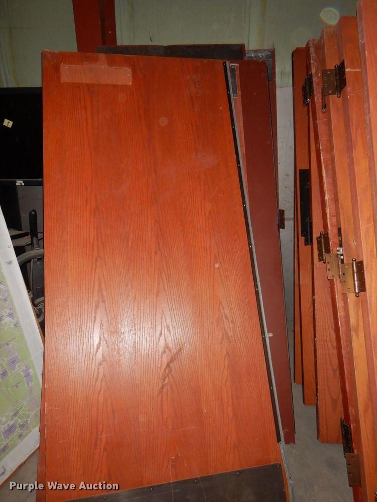 (20) wood doors