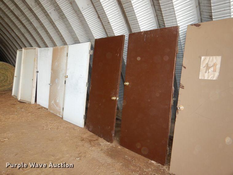 (9) doors