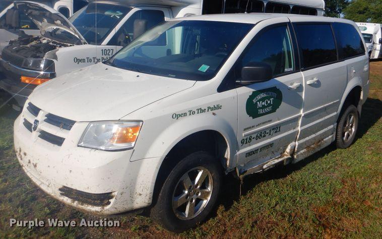 2010 Dodge Grand Caravan van