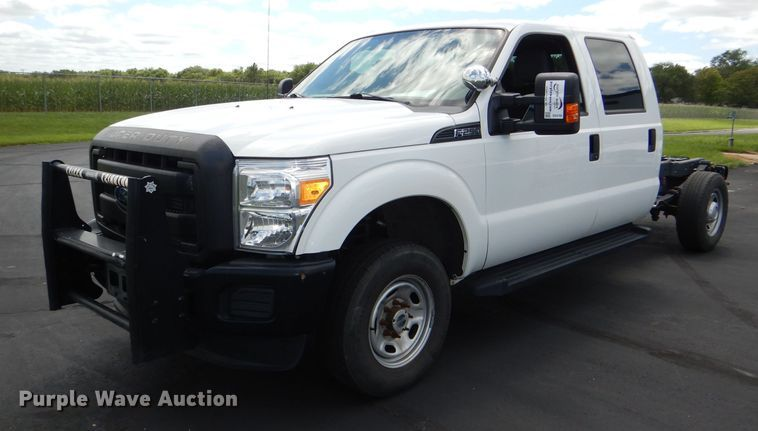 2015 Ford F250 Super Duty XL Crew Cab pickup truck chassis