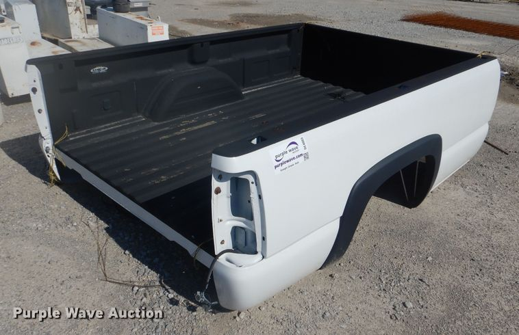 Chevrolet 2500 pickup truck bed