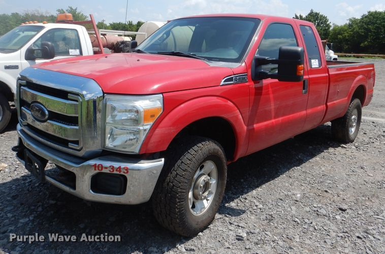 2012 Ford F250 Super Duty XLT SuperCab pickup truck