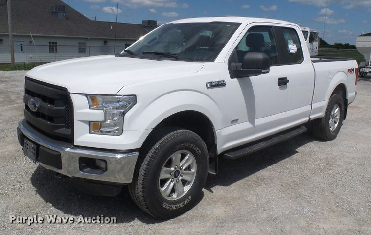 2015 Ford F150 SuperCab pickup truck