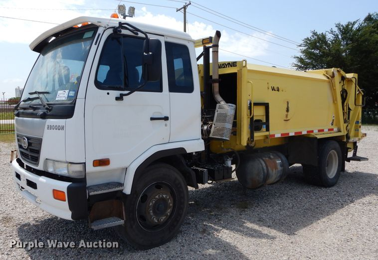 2010 UD Nissan UD2300 refuse truck
