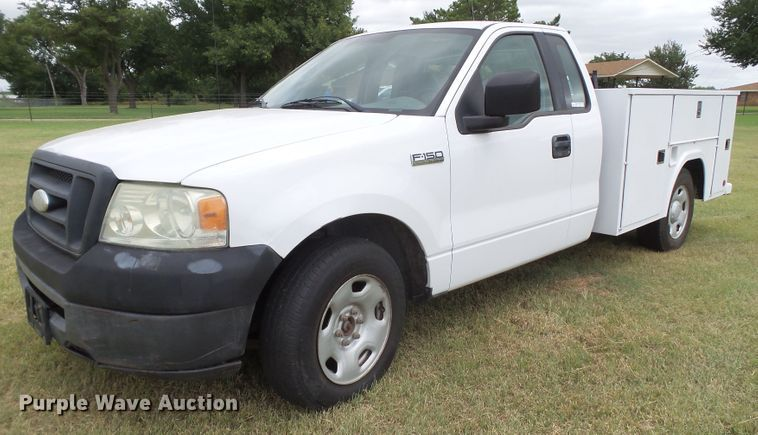 2006 Ford F150 utility bed pickup truck