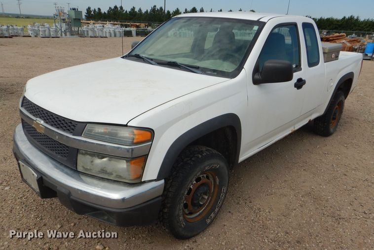 2005 Chevrolet Colorado Ext. Cab pickup truck