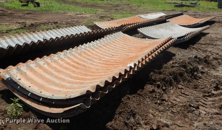 Corrugated pipe sections