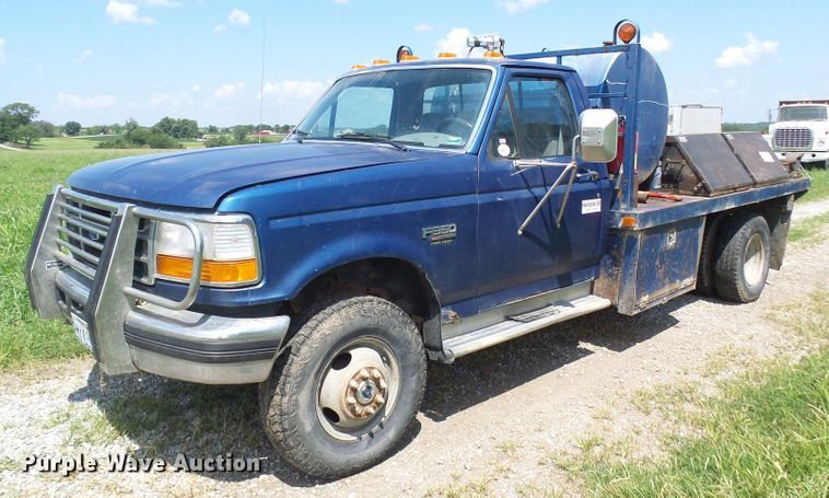 1995 Ford F350 utility bed pickup truck